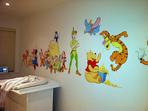 Childrens murals london wall paintings for childrens for Character mural